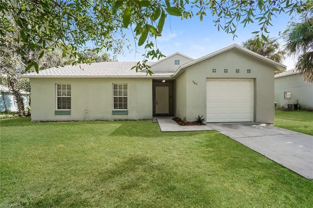385 Calhoun St, Labelle, FL 33935