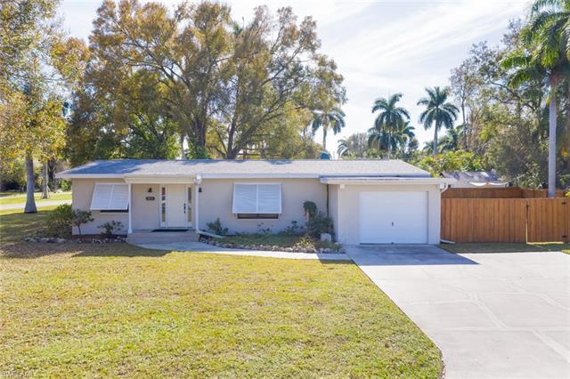 1874 Monte Vista St, Fort Myers, FL 33901