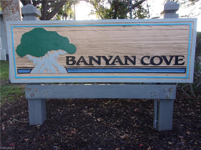 8951 Banyan Cove Cir, Fort Myers, FL 33919