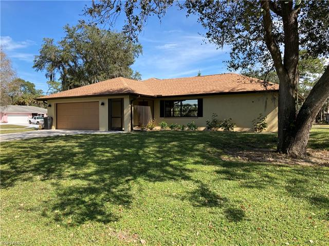 1664 Many Rd, North Fort Myers, FL 33903