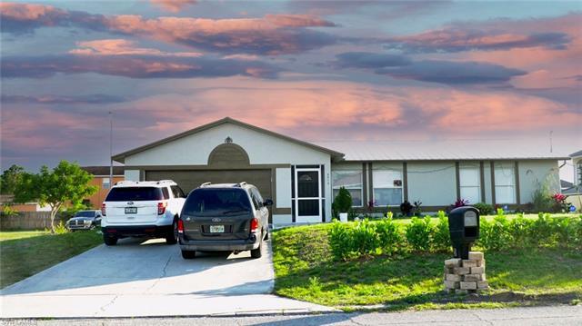 5313 Lee St, Lehigh Acres, FL 33971