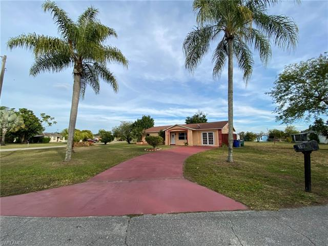 316 Poinsettia Ave, Lehigh Acres, FL 33936