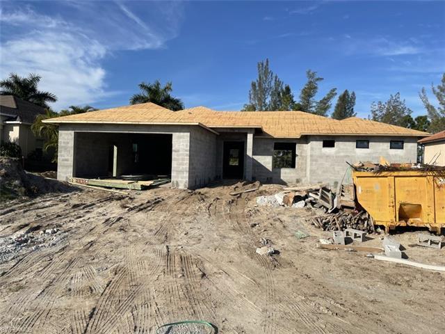 2216 Sw 17th Ave, Cape Coral, FL 33991