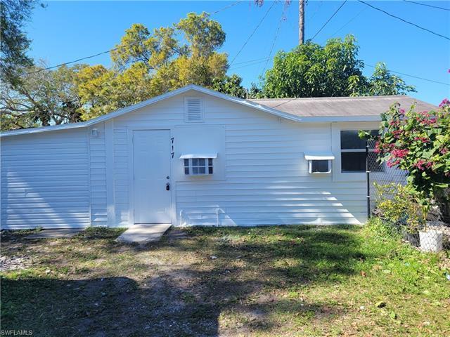 717 Burdick Ave, Fort Myers, FL 33905