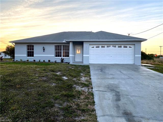 510 Ne Juanita Ct, Cape Coral, FL 33909