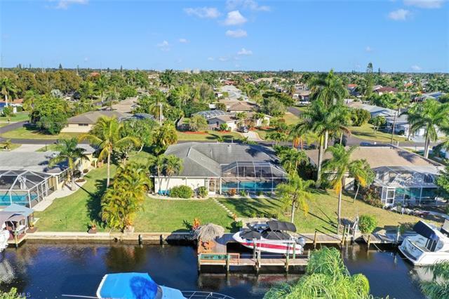 4818 Sw 1st Ct, Cape Coral, FL 33914