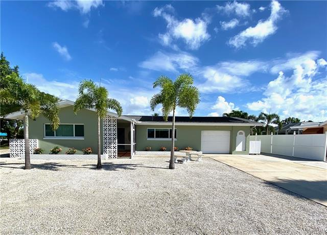 412 Jefferson Ct, Fort Myers Beach, FL 33931