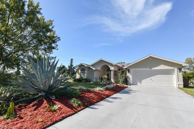 201 Highland Ave, Lehigh Acres, FL 33936