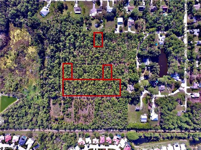 2328 Bayberry Ln, North Fort Myers, FL 33917