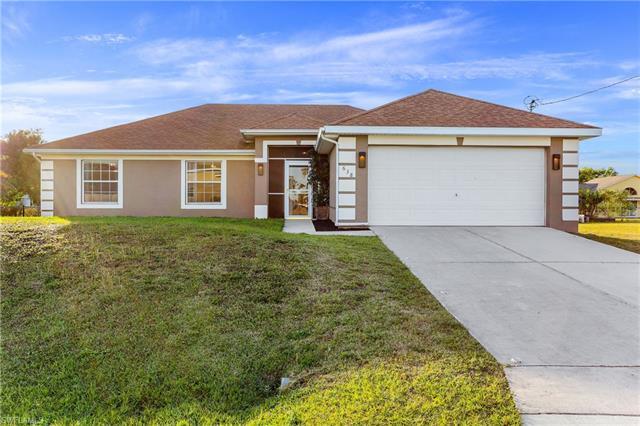 638 Ne 3rd Ave, Cape Coral, FL 33909