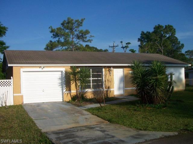 10640 Baytree Ct, Lehigh Acres, FL 33936