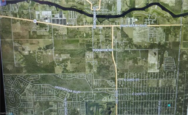 1909 Abbott Ave, Lehigh Acres, FL 33972