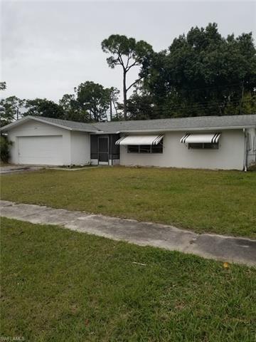 15 Broadway Cir, Fort Myers, FL 33901