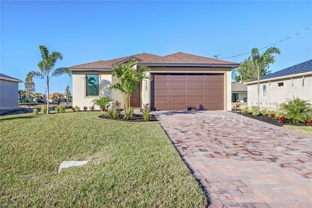 326 Ne 10th St, Cape Coral, FL 33909