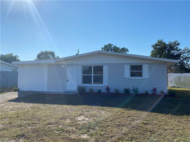 2204 Brandon St, Fort Myers, FL 33907
