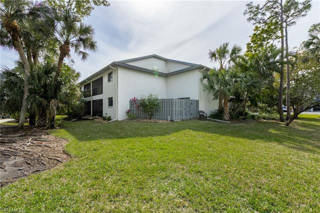 17455 Blueberry Hill Dr B, Fort Myers, FL 33908