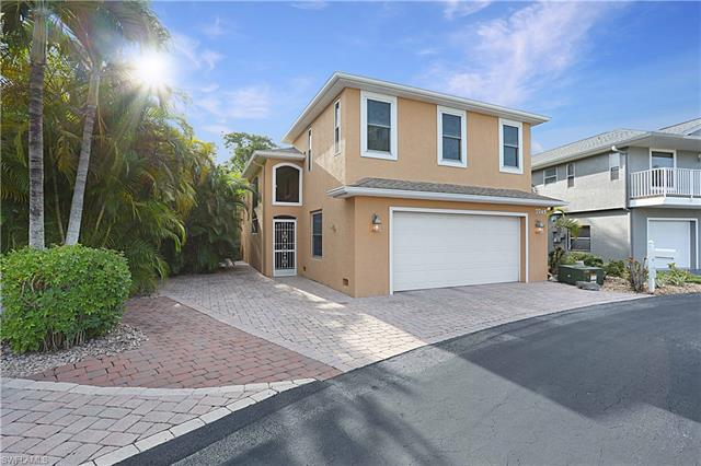 7745 Victoria Cove Ct, Fort Myers, FL 33908