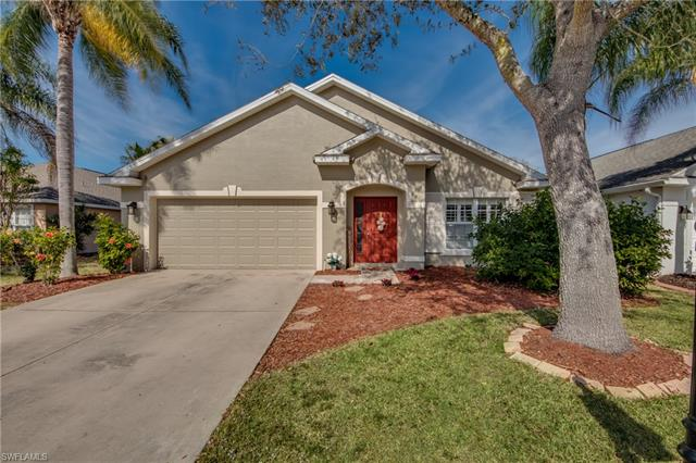 8864 Cedar Hollow Dr, Fort Myers, FL 33912