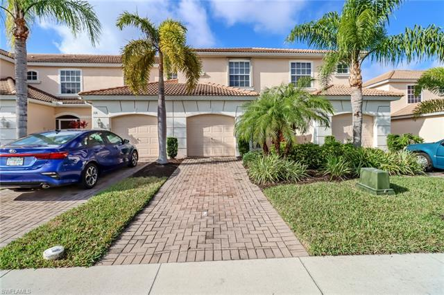1316 Weeping Willow Ct, Cape Coral, FL 33909
