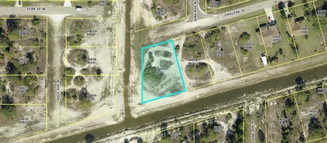 2821 Darlene Pl, Lehigh Acres, FL 33971