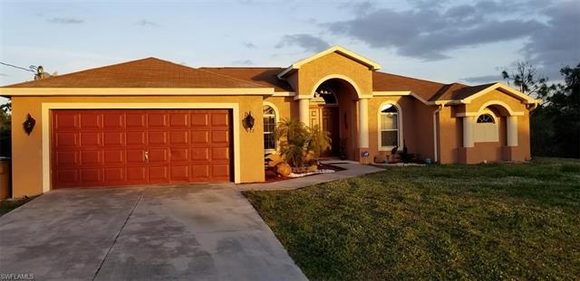 912 Poinsettia Ave, Lehigh Acres, FL 33972