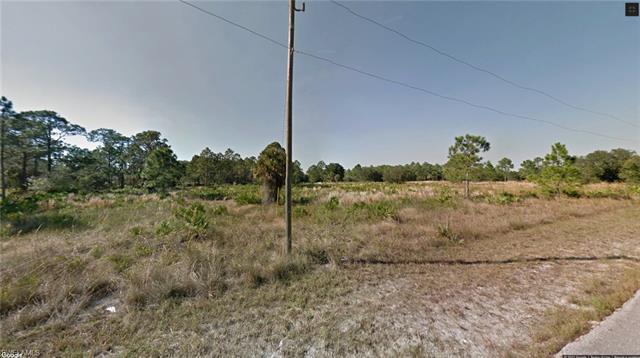 1305 E 5th St, Lehigh Acres, FL 33972