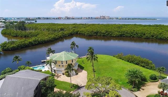 18548 Deep Passage Ln, Fort Myers Beach, FL 33931