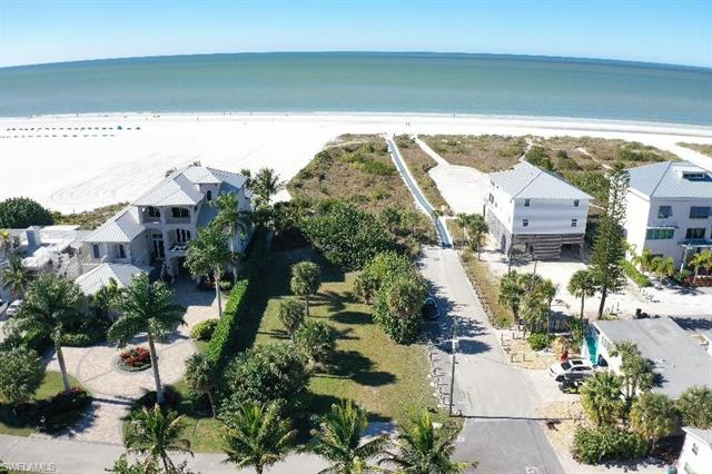 6110 Court St W, Fort Myers Beach, FL 33931