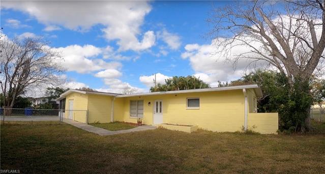 203 Jersey Rd W, Lehigh Acres, FL 33936