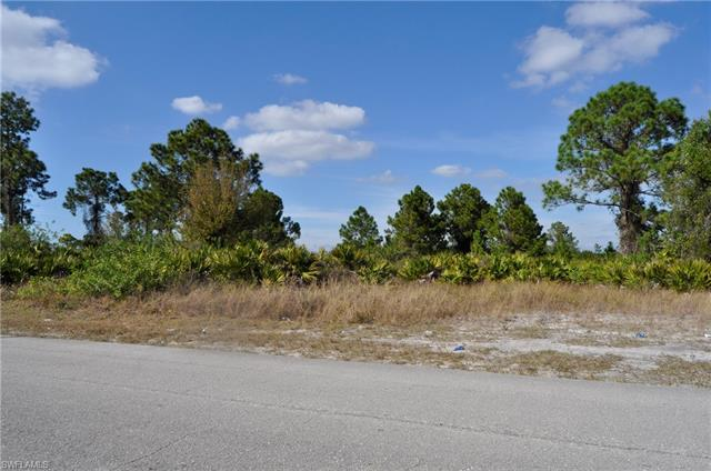 3102 19th St Sw, Lehigh Acres, FL 33976