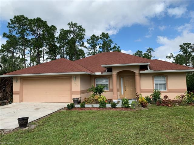 3371 2nd Ave Se, Naples, FL 34117