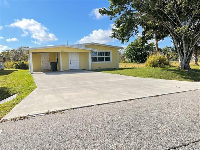 3436 Jeffcott St, Fort Myers, FL 33916