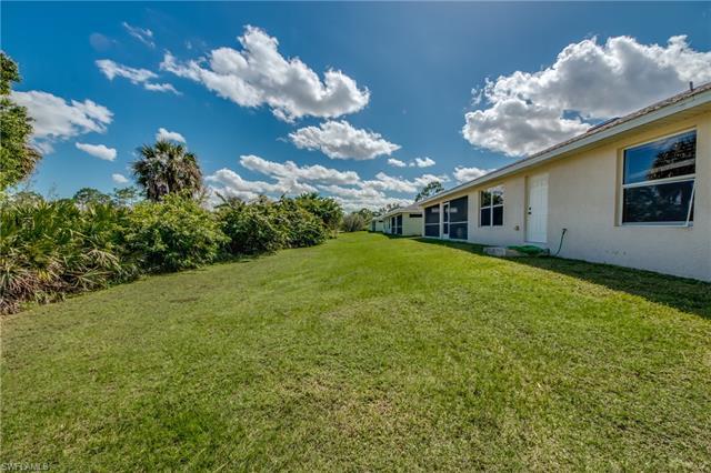 1818 Lockhaven Ct, Lehigh Acres, FL 33972