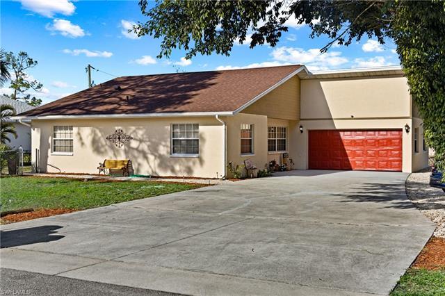 12051 Circle Dr, Bonita Springs, FL 34135