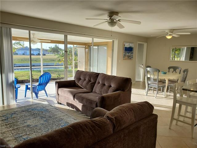 2206 Se 11th Pl, Cape Coral, FL 33990