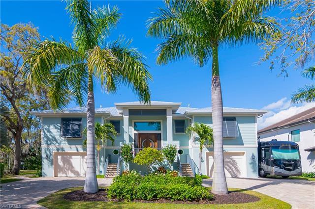 4840 Snarkage Dr, Bonita Springs, FL 34134
