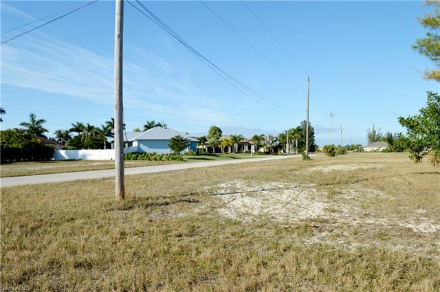 2738 Nw 42nd Ave, Cape Coral, FL 33993
