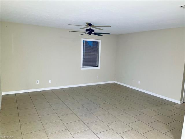 4204 34th St Sw, Lehigh Acres, FL 33976