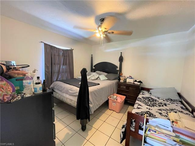 4795 Alhambra Cir, Naples, FL 34103