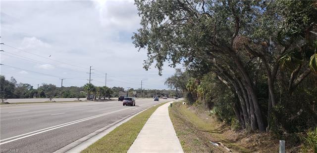 602 Tamiami Trl, Port Charlotte, FL 33953