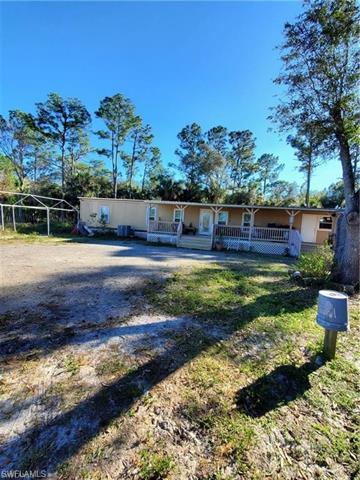 2280 Phillips Rd, Fort Denaud, FL 33935