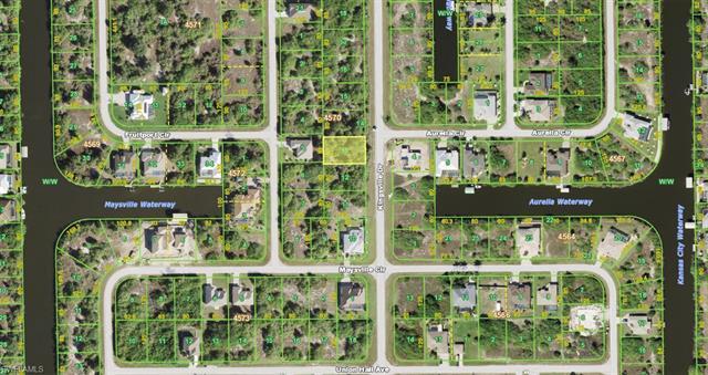 10055 Kingsville Dr, Port Charlotte, FL 33981