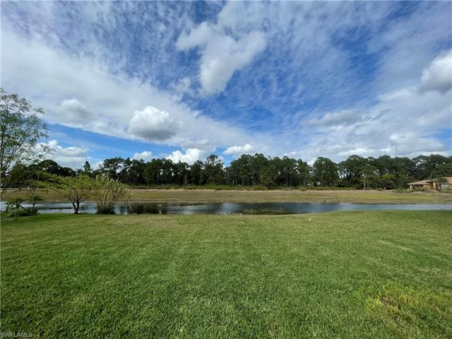8051 Liriope Loop, Lehigh Acres, FL 33972