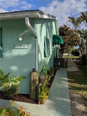 2773 Bruce St, Matlacha, FL 33993