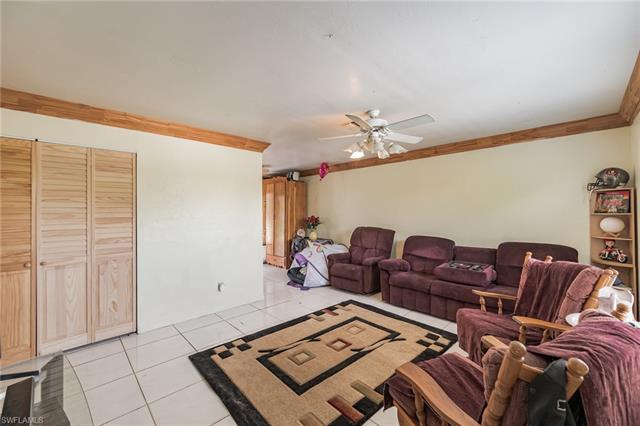 4011 25th St Sw, Lehigh Acres, FL 33976