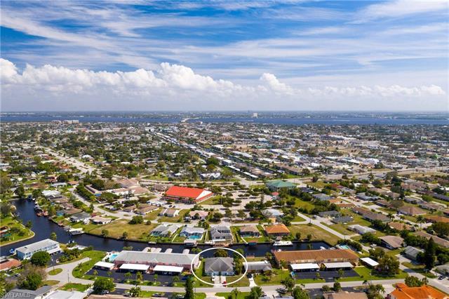 4527/4529 Se 6th Pl, Cape Coral, FL 33904