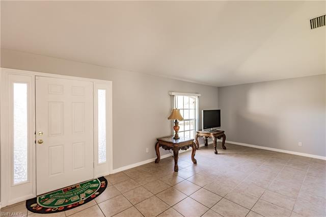 3809 13th St W, Lehigh Acres, FL 33971
