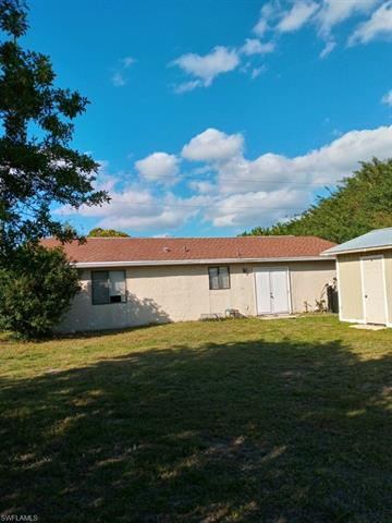 3011 1st St W, Lehigh Acres, FL 33971