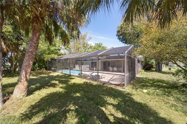 4402 Sw 15th Ave, Cape Coral, FL 33914