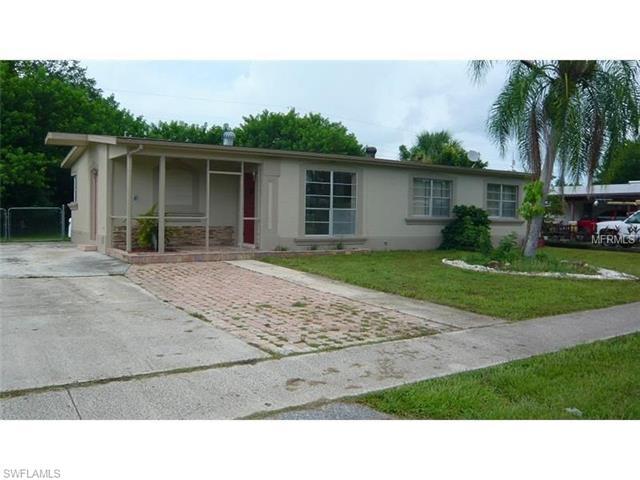 21346 Gladis Ave, Port Charlotte, FL 33952